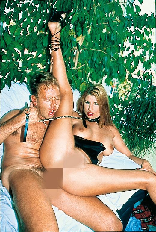 Immer auf dem neusten Stand und immer die aktuellsten Porno Videos zum Download. Pornofilme Download von Rocco Siffredi gleich hier.