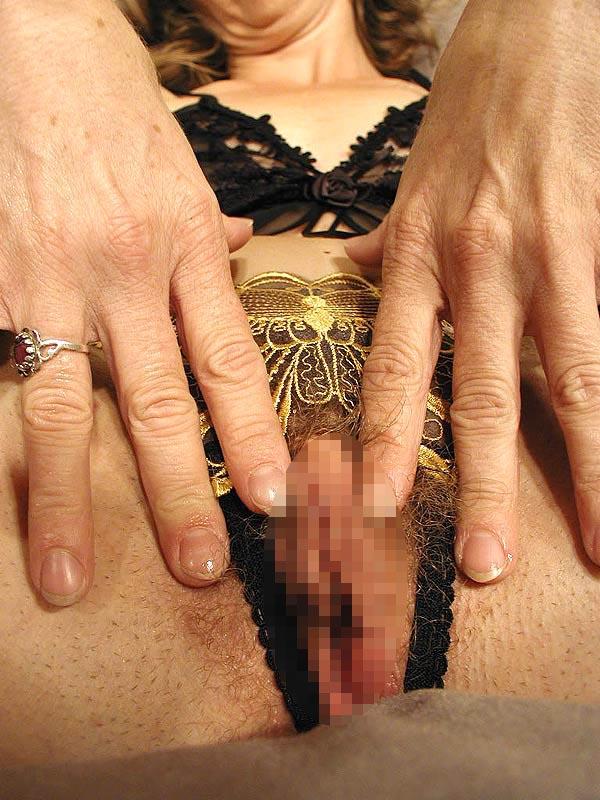 bilder vom Mature Sex. Blasgeile Weiber ab 50. Alte Frauen beim Ficken mit jungen Kerlen.