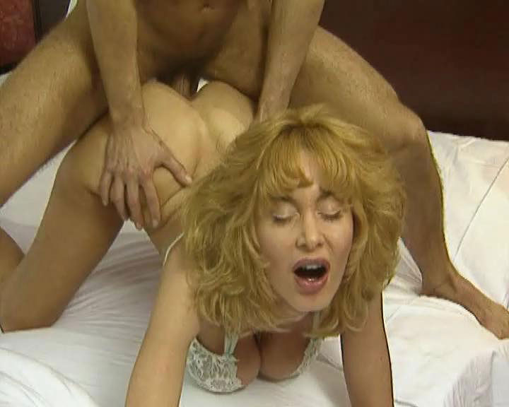 Dolly Buster Porno